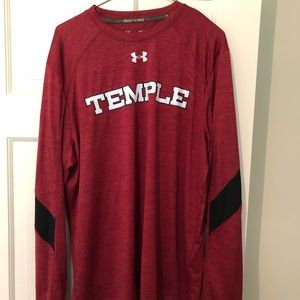 Under Armour size L Temple long sleeve